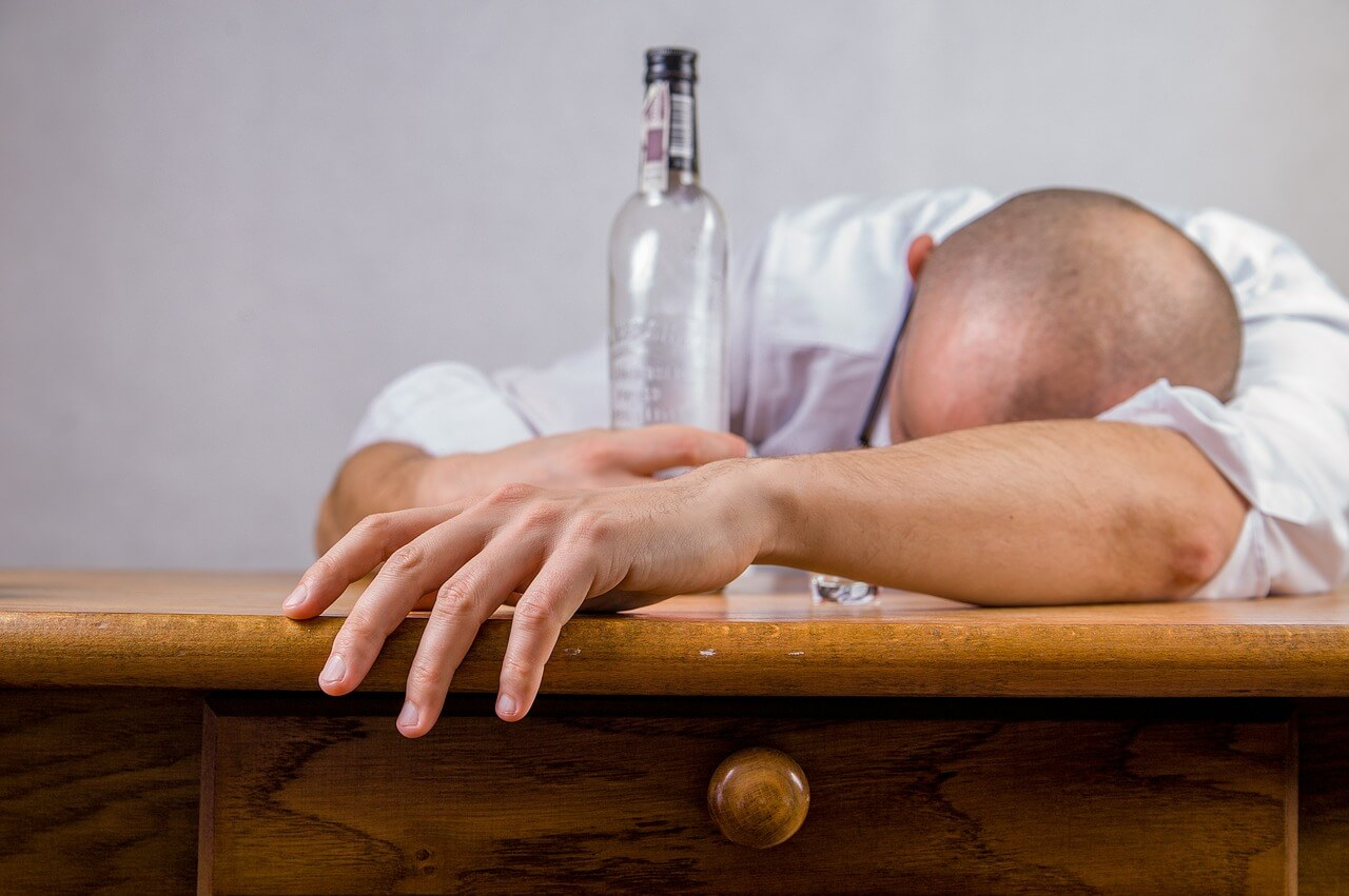 Too much alcohol reason of low libido